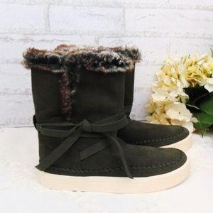 TOMS Vista Water-Resistant Suede Faux Fur Boot